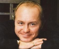 Андрей Панин